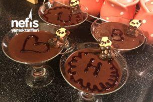 Sunumu Güzel Çikolatalı Pudingim Tarifi