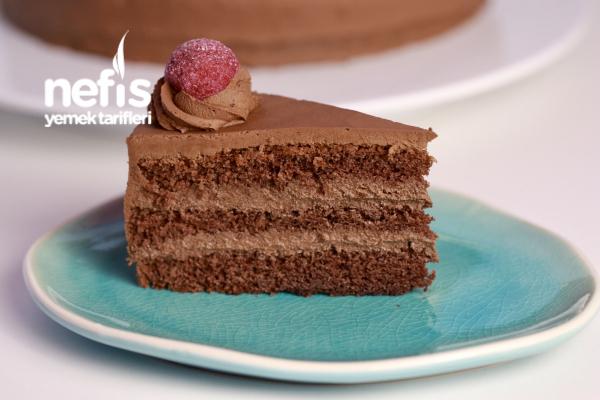 Çikolatalı Pasta (Videolu)