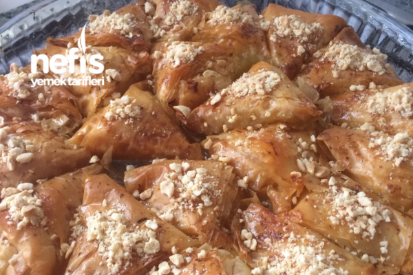 Nefis Laz Böreği Tarifi