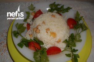 Tereyağlı Nohutlu Pirinç Pilavı Tarifi