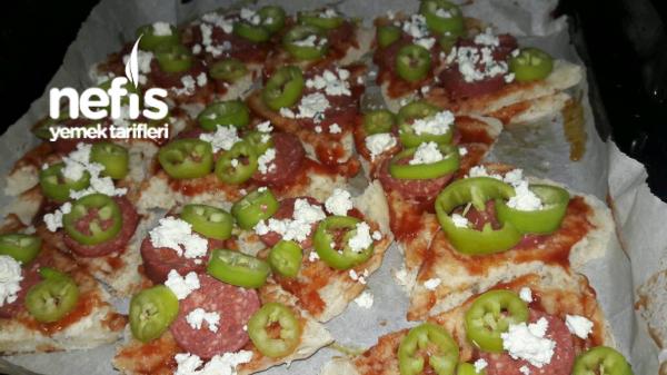 Kahvaltilik Pizza Dilim Bazlama