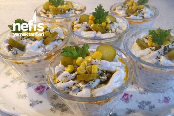 Yoğurtlu Yeşil Mercimekli Erişte Salatası Tarifi