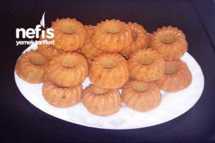 24 Adet Havuçlu Tarçınlı Mini Kekler Tarifi