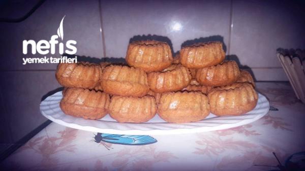 24adet Havuçlu-tarçınlı Mini Kekler