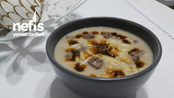 Köfte Ve Nohutlu Arpa Şehriye Çorbası