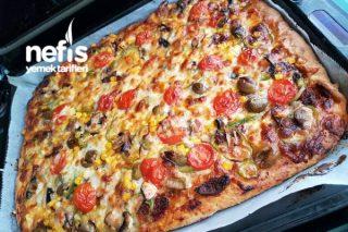 İnstant Maya İle Bol Malzemos Pizza Tarifi