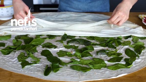 Pastırmalı Dilimli Rulo Börek (yumuşacık ve müthiş kabaran börek tarifi)
