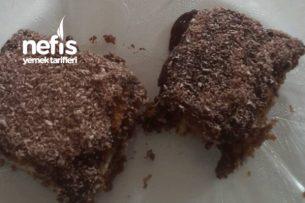 Çikolata Soslu Muhallebili Bisküvi Tatlısı Tarifi