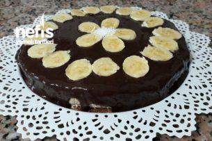 Bol Çikolatalı Halley Pastası Tarifi