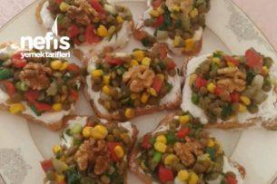 Etimek Üzeri Mercimek Salatası Tarifi