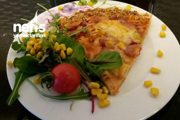 Yufkadan Pratik Pizza Tarifi