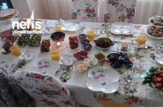 Ailemle Kahvaltı Tarifi