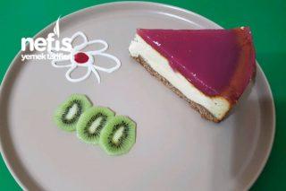 Cheesecake (Meyve Suyundan Soslu) Tarifi