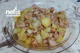 Fırın Torbasında Nefis Tavuklu Patates Yemeği Tarifi
