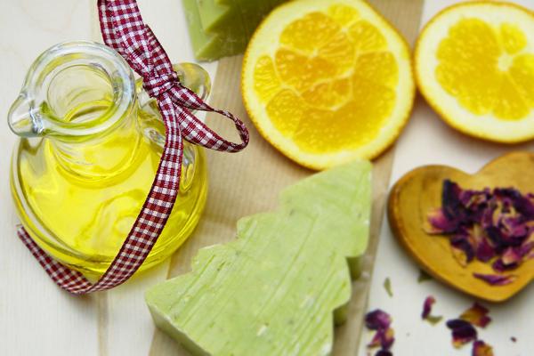 Limon Yağı Nasıl Yapılır? Faydaları Nelerdir? Ne İşe Yarar?
