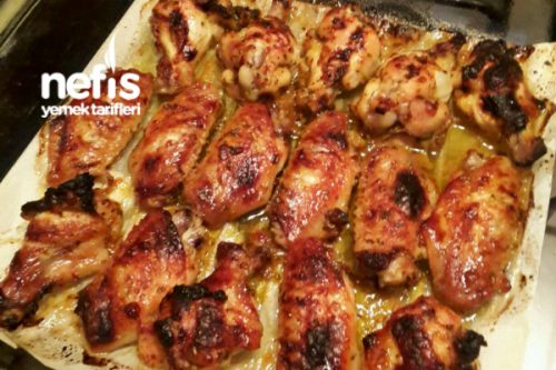 Özel Sosuyla Fırında Tavuk Kanat Tarifi