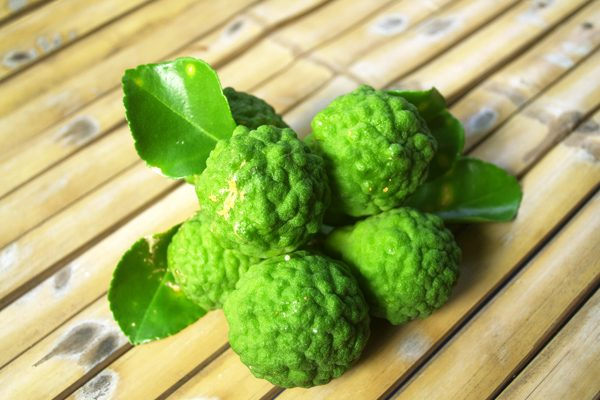 Bergamot Nedir? Faydaları Nelerdir? Bergamot Çayı ve Yağı Kullanımı Tarifi
