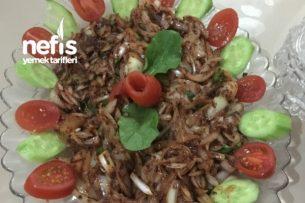 Enfes Soğan Salatası Tarifi