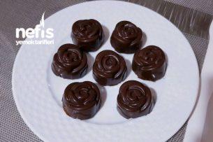 Çikolatalı Gül Kekler (Şirin Kekler ) Tarifi