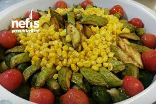 Soslu Sebze Salatası Tarifi
