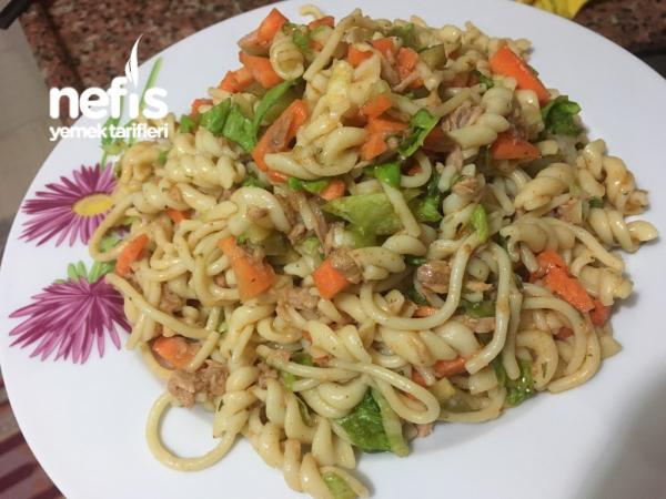 Ton Balıklı Makarnalı Salata