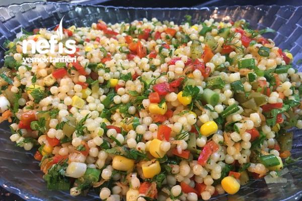 Kuskus Salatası (İçinde Yok Yok) Tarifi