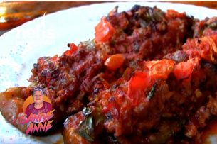 Fırında Kıymalı Patlıcan Tarifi (videolu)