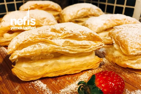 Kremalı Muzlu Milföy Pasta (Çok Lezzetli)