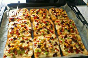 Tost Ekmeğinden Pizza (Bu Tarif Kaçmaz) Tarifi