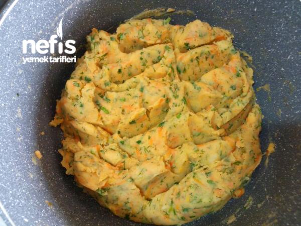 Yoğurtlu Patates Salatası (Tart Kalıbında)