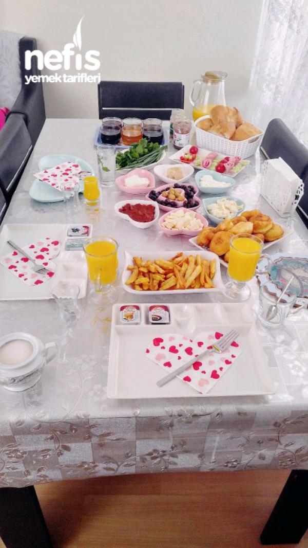 Sade Pazar Kahvaltısı
