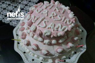 Doğum Günü Pastası (Canımdan Çok Sevdiğim Yeğenim Nisama) Tarifi