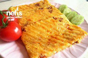 Kaşarlı Sucuklu Patates Tostu (15 Dakikada) Tarifi