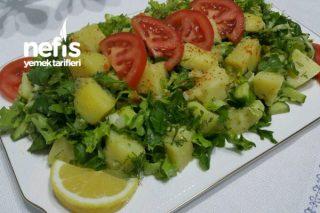 Ege Usulü Enfes Patates Salatası Tarifi