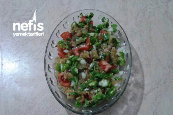 Nefis Közlenmiş Patlıcan Salatam Tarifi