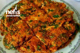 Maydanozlu Omlet (Kahvaltı Sofralarının Vazgeçilmezi Olacak) Tarifi