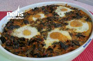 Fırında Kıymalı Yumurtalı Ispanak Yemeği Tarifi