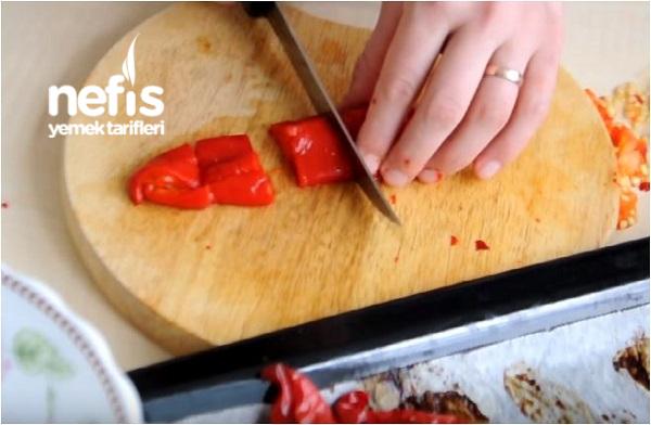 Kırmızı Biberli Domates Sosu