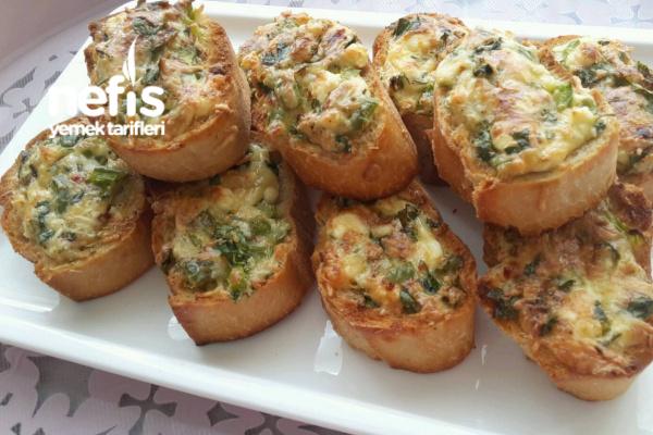 Fırında Kahvaltılık Peynirli Ekmek (Bayat Ekmeklerimizi Değerlendirelim)