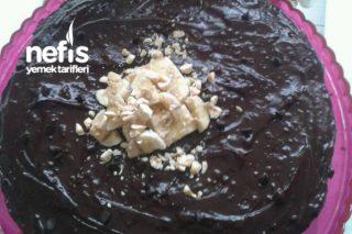 Tavada Harika Çikolatalı Muzlu Yaşpasta Tarifi