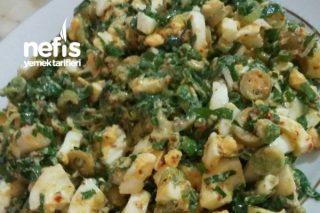 Zeytinli Yumurta Salatası Tarifi