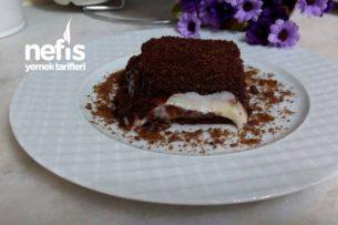 Çikolata Soslu Muhallebili Pasta (Bisküvili) Tarifi