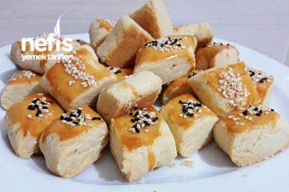 Pastane Lezzetinde Tuzlu Kurabiye Tarifi