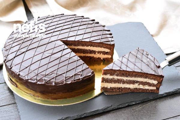Prag Pastası (Çikolatalı Pasta Yapım Aşamalı) Tarifi
