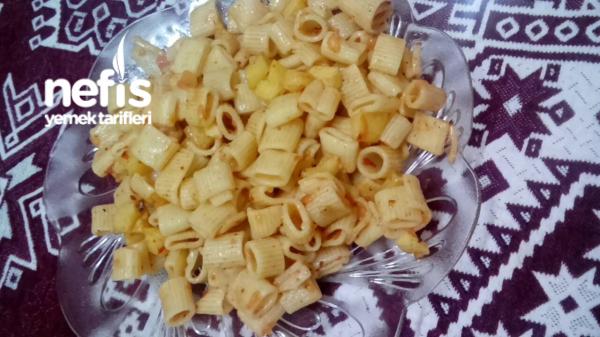 Patates Ve Domatesli Makarna