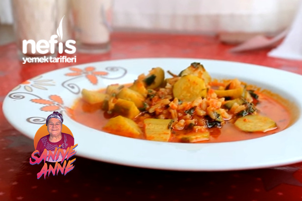 Pirinçli Kabak Yemeği (videolu) Tarifi