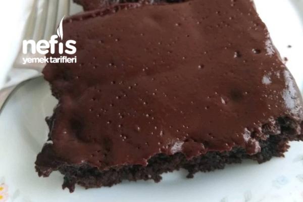 Çikolata Soslu Kek Tarifi (Tadına Doyamayacaksınız)
