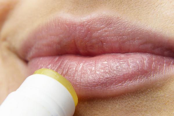 dudak kremi