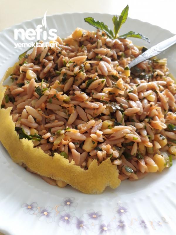 Ekşili Arpa Şehriye Salatası