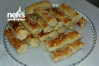 Krem Peynirli Milföy Börekler Tarifi